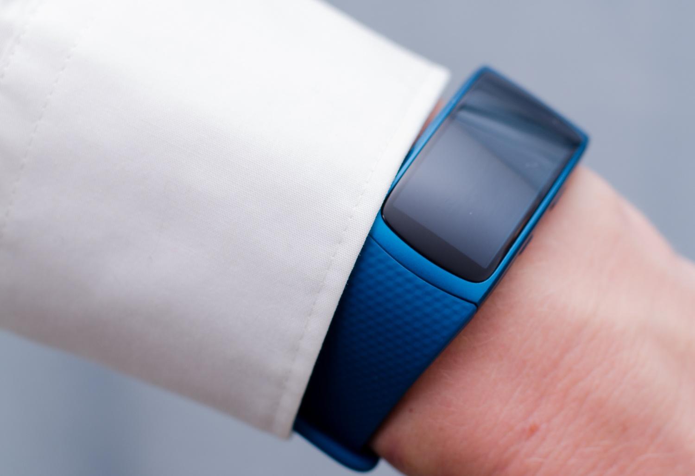 Samsung Gear Fit 2 - Schlankes Profil