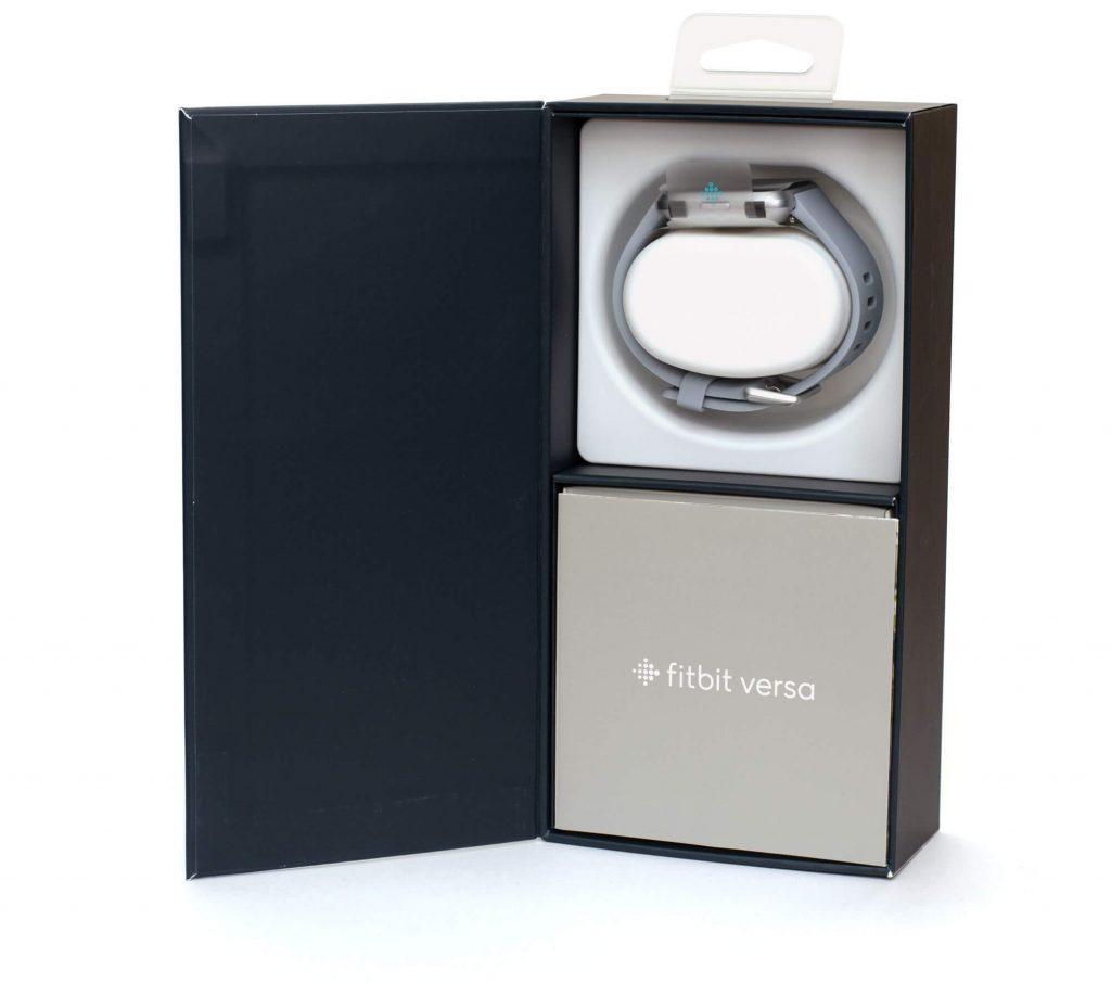 Fitbit Versa - Verpackungsinhalt