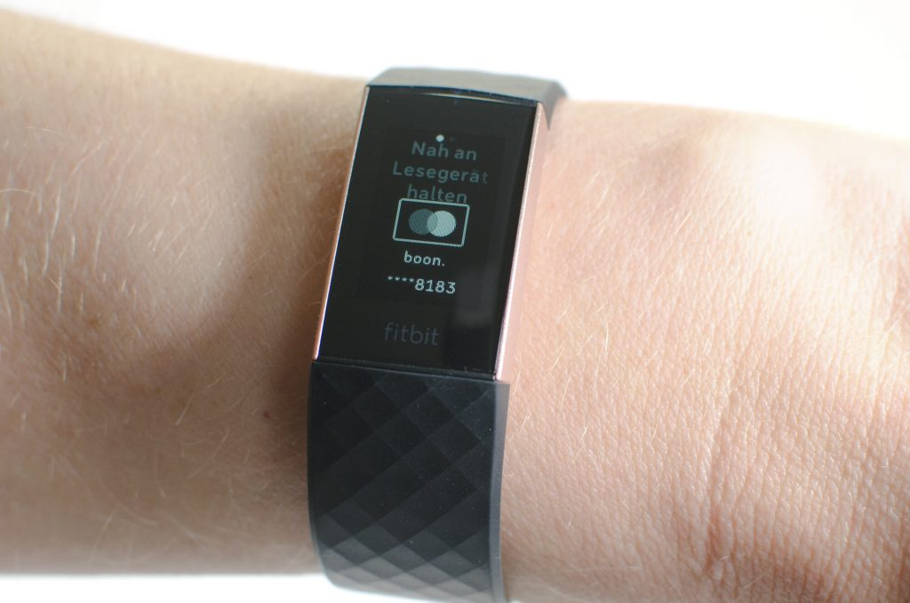 Fitbit Charge 3 - Fitbit Pay