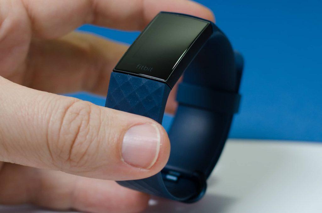 Fitbit Charge 4 - Begleiter für sechs Wochen