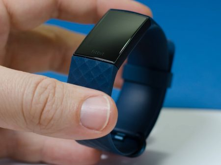 Fitbit Charge 4 im Test | Fitness Tracker - mal mit, mal ohne GPS