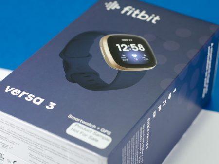 Fitbit Versa 3 - Verpackung