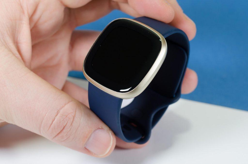 Fitbit Versa 3 - Runder als der Vorgänger