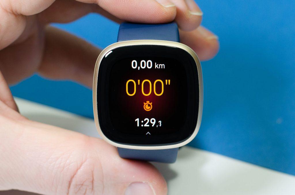 Fitbit Versa 3 - Display während der Aufzeichnung von Aktivitäten
