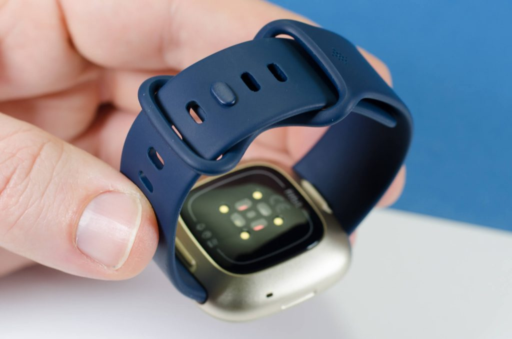 Fitbit Versa 3 - Infinity-Armband