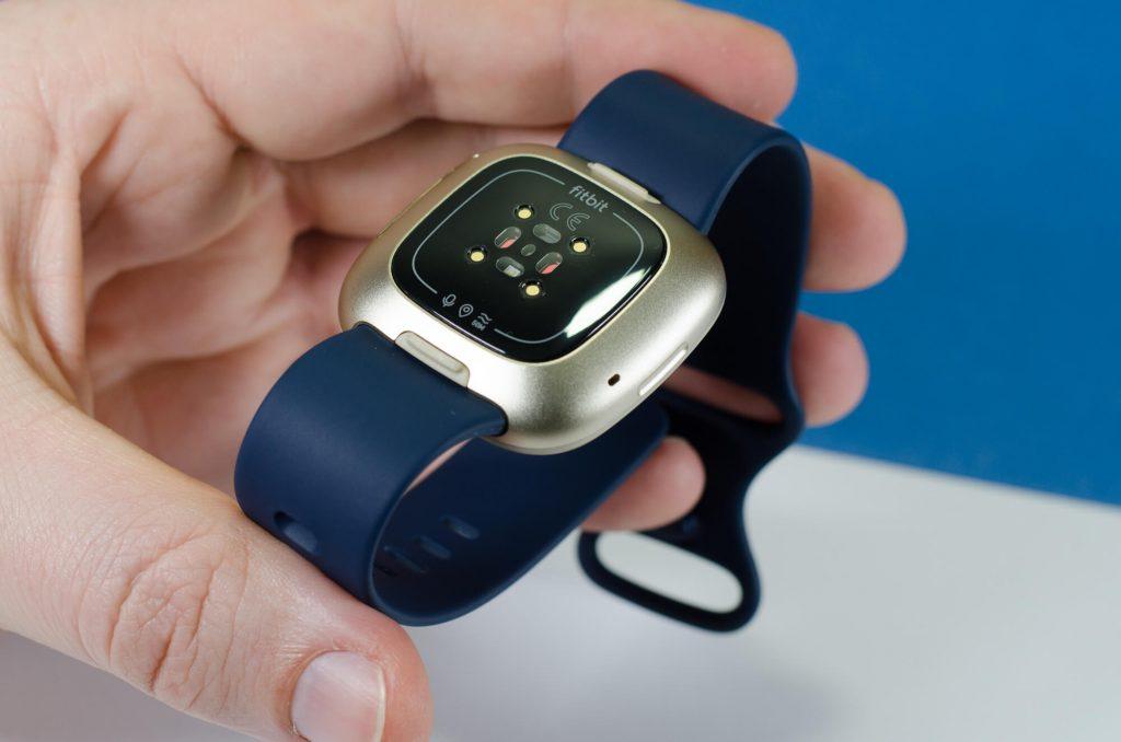 Fitbit Versa 3 - Sensorik auf der Rückseite