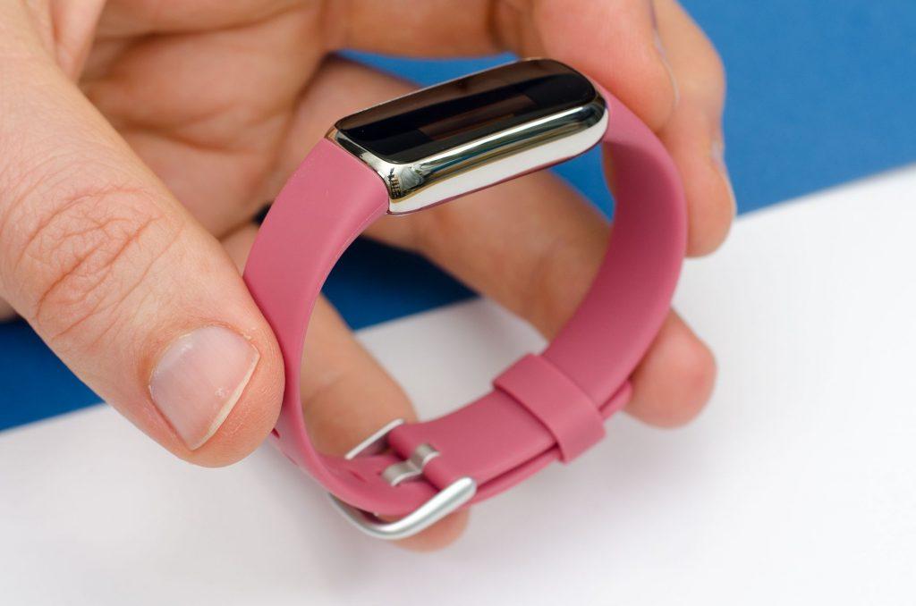 Fitbit Luxe - Runde Formsprache